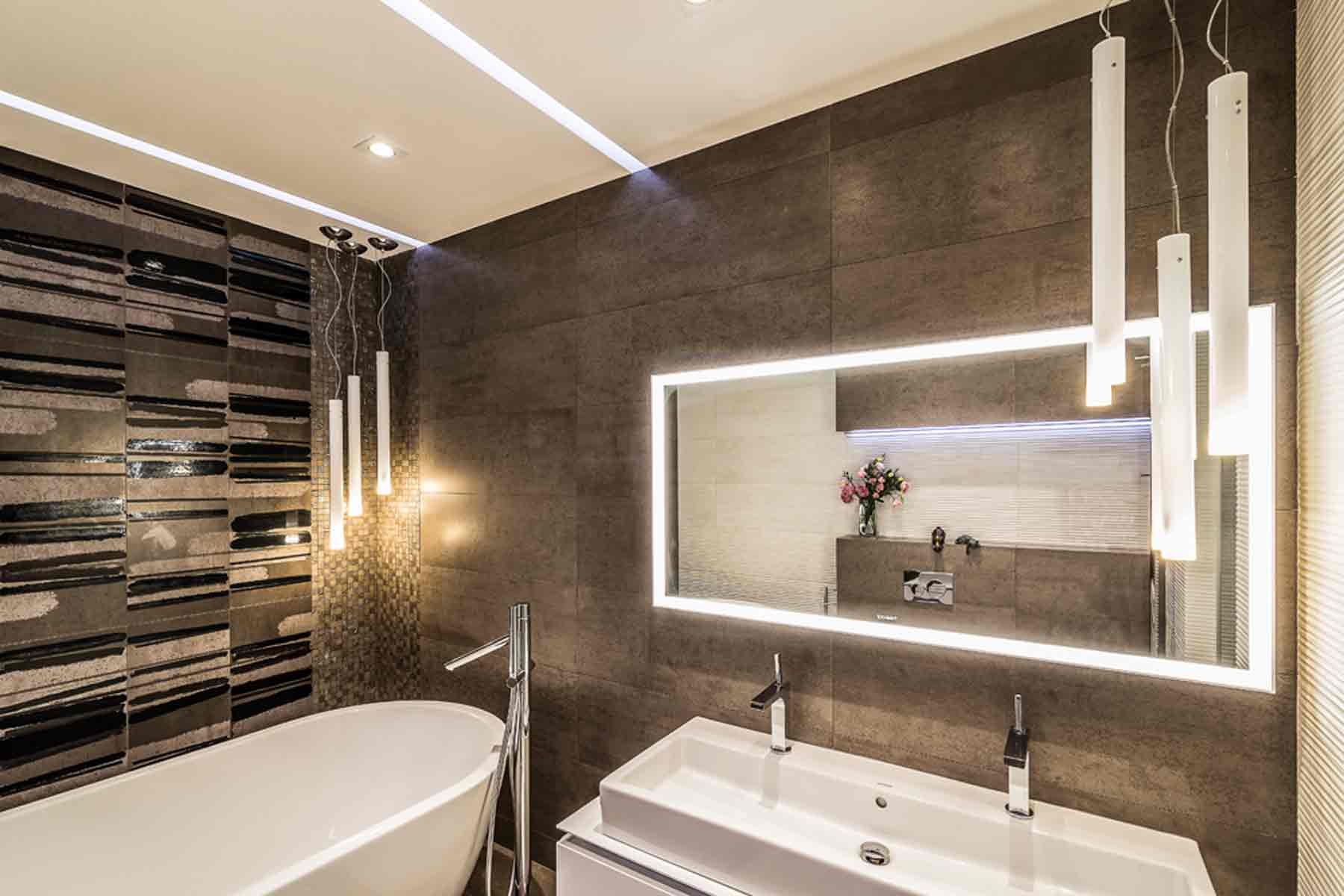 Дизайн-интерьера-ванной-комнаты-Night-Forest